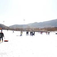 玉泉山戏雪乐园
