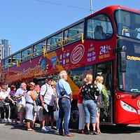 随上随下阿姆斯特丹观光巴士(含中文导览)
