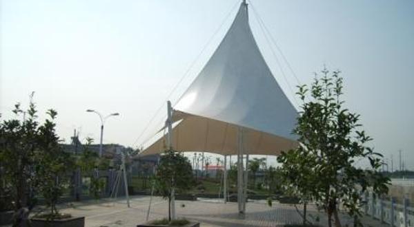 滨河世纪广场