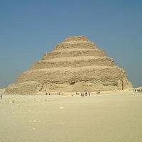 撒拉卡阶梯金字塔