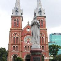 百年红教堂