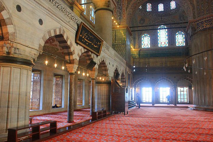 """""""虽然不能媲美索菲亚, 但是也很显精致_苏丹艾哈迈德清真寺""""的评论图片"""