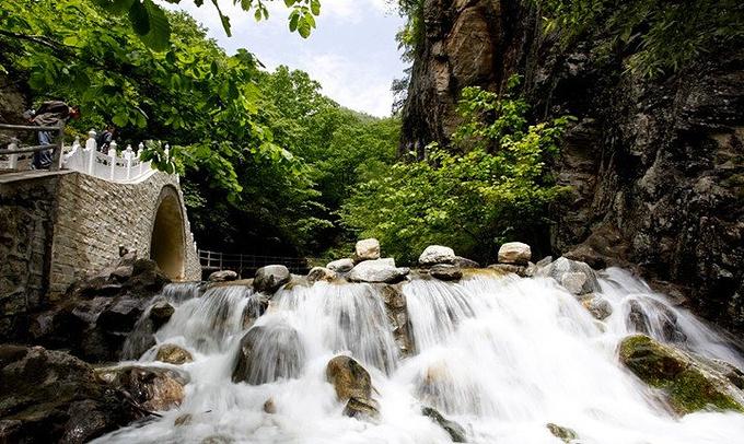 壁纸 风景 旅游 瀑布 山水 桌面 680_406