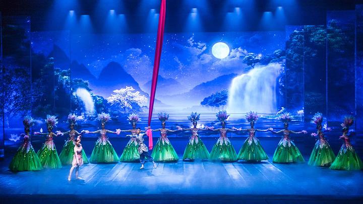 杭州 宋城千古情已经创造了世界演出观看人次最多的记录.