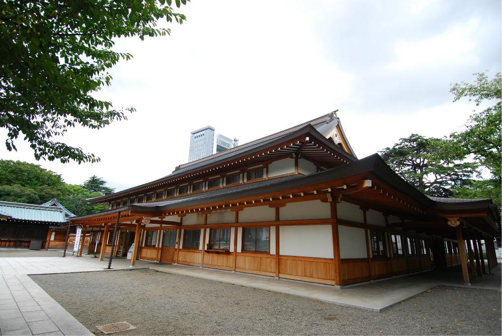 靖国神社点评(5条) 靖国神社是位于日本东京都千代田区九段坂