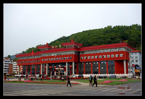 沈阳旅游攻略 2014年秋东北行  临江市是吉林省白山市代管县级市,位于