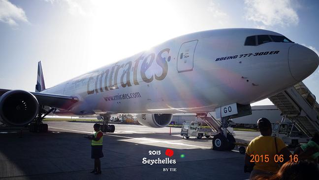 回迪拜的飞机,是目前最流行的b777-300er
