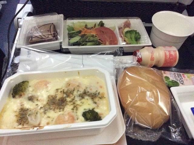 全日空的飞机餐还是不错的
