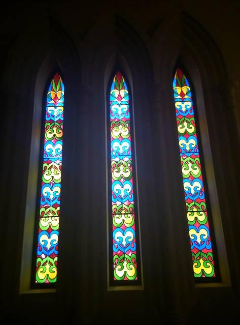 教堂漂亮的玻璃窗户