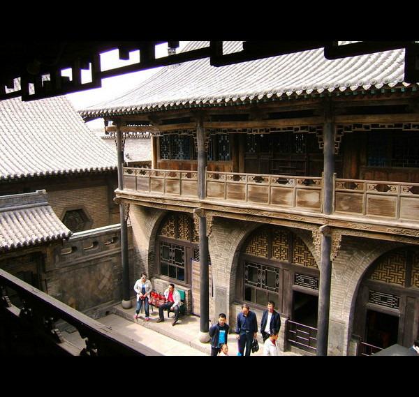 木质院落结构,普通人家都是单层四合院