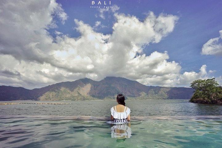 """""""也是第一次泡火山温泉, 非常兴奋_巴厘岛火山海滩别墅酒店(volcano b"""
