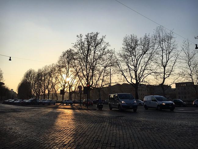 带着老妈游欧洲(巴塞罗那-罗马-威尼斯-因特拉ff14樱攻略夜图片