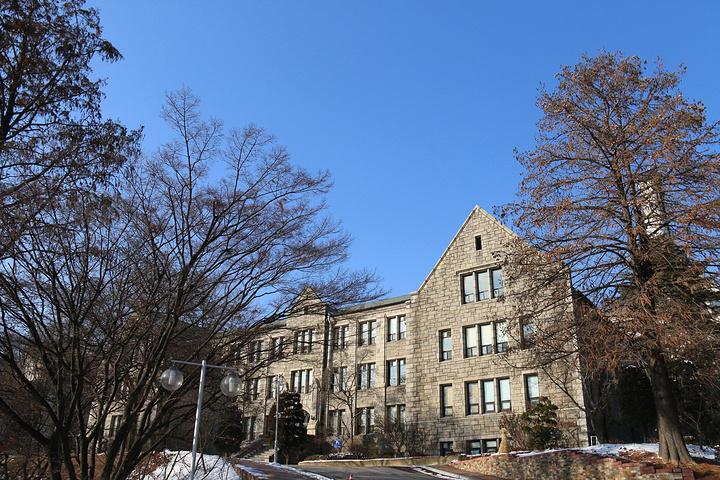 梨花女大,建筑真的好看,欧式风格,真的是别人的大学啊
