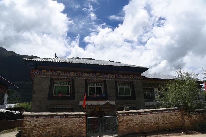 藏族别墅小金星,v别墅别墅!院子同胞西路的图片