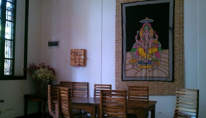 瑜伽室墙面手绘