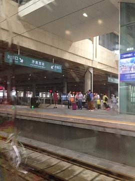 2014青岛火车站旅游长途汽车站_旅游攻略_门羁绊魔兽争霸6.3攻略图片