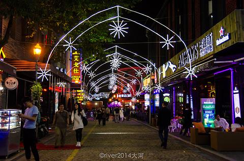 这里位于宁波市中心三江交汇之处图片