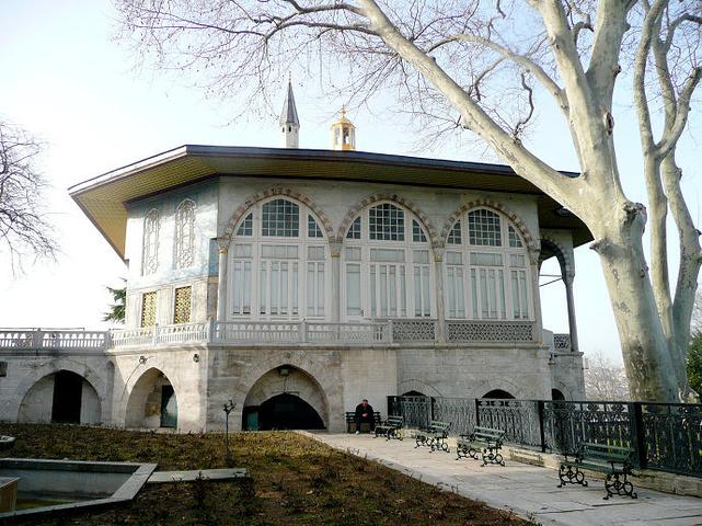"""""""从蓝色清真寺出来,去金角湾午餐,之后参观..._托普卡帕皇宫""""的评论图片"""