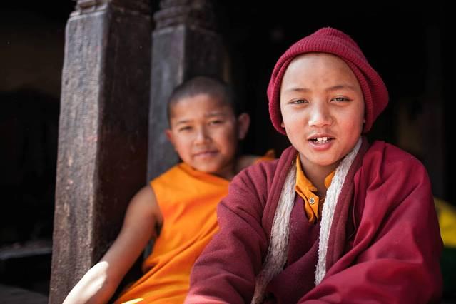 猴庙里的西藏小喇嘛,帅哥哦