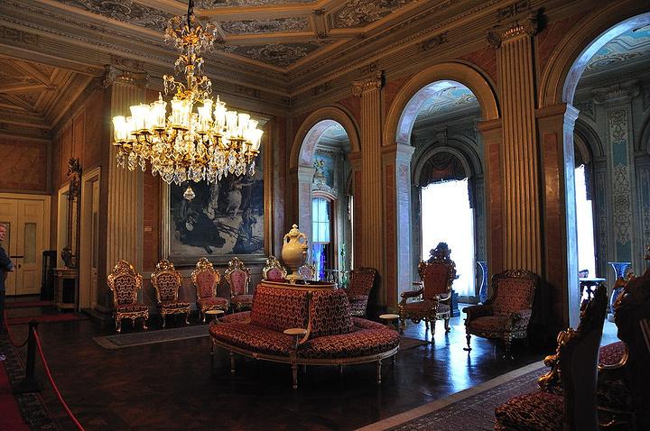 """""""建成于19世纪中期,貌似其刻意模仿的欧洲..._多尔马巴赫切宫""""的评论图片"""