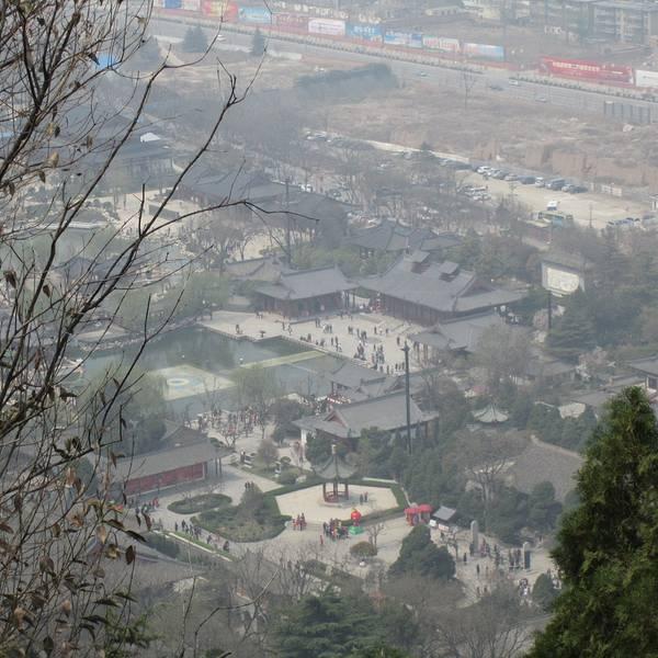 骊山风景区,国家4a级景区,位于陕西省西安市环城东路3号,因为骊山脚下