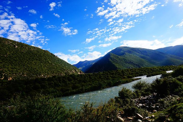 中国青藏高原上的河流