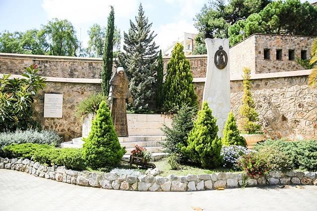 最初的设计是私家花园别墅群