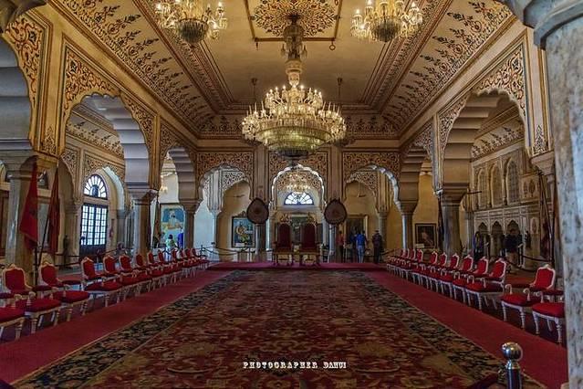 … 宫殿内部图片