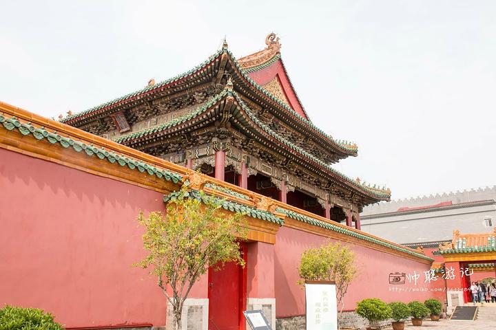 来这里必须要浏览的景点第一个就是沈阳故宫,沈阳故宫(英语:mukden