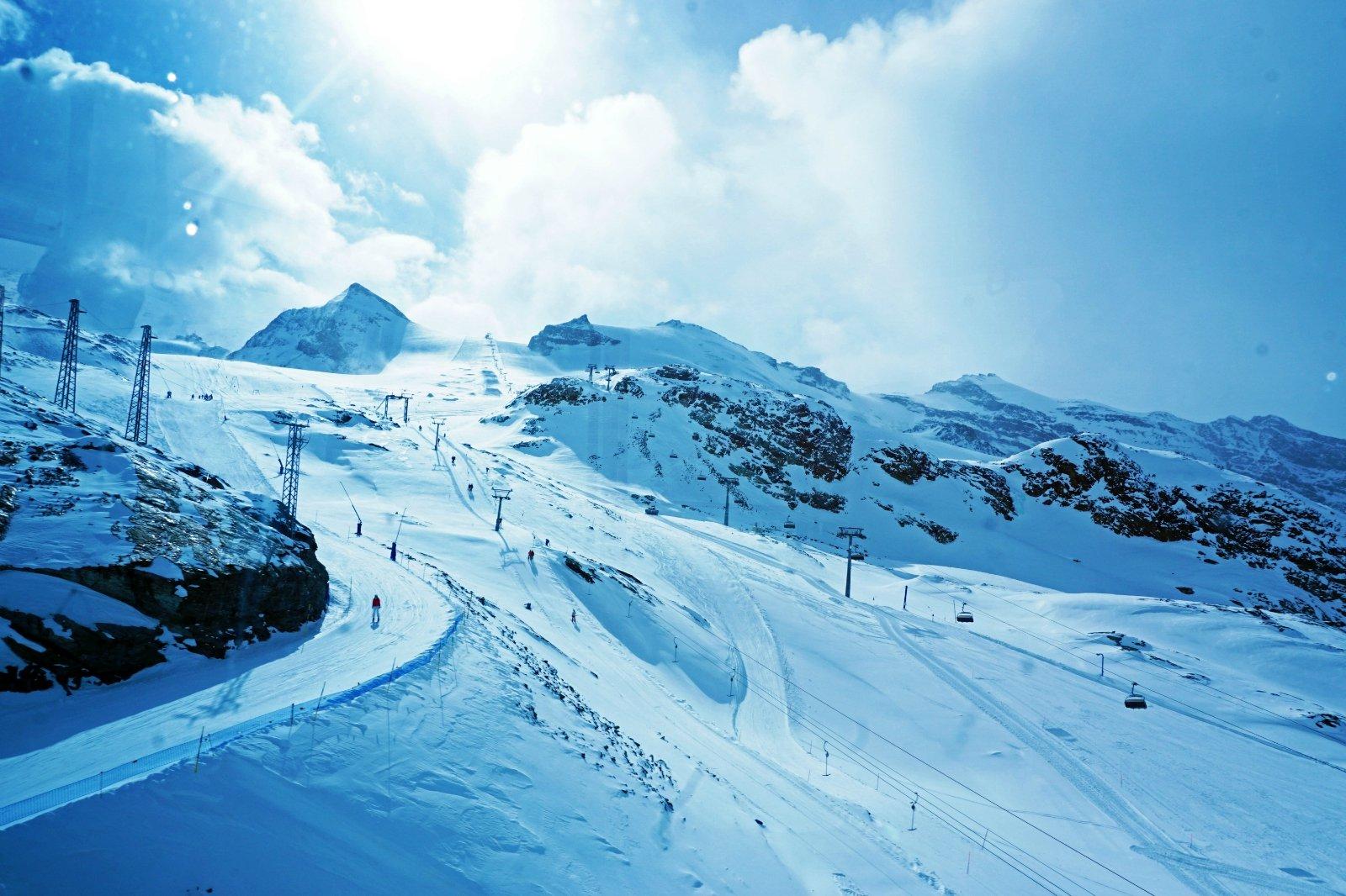 石话 瑞士——阿尔卑斯下的千湖之国
