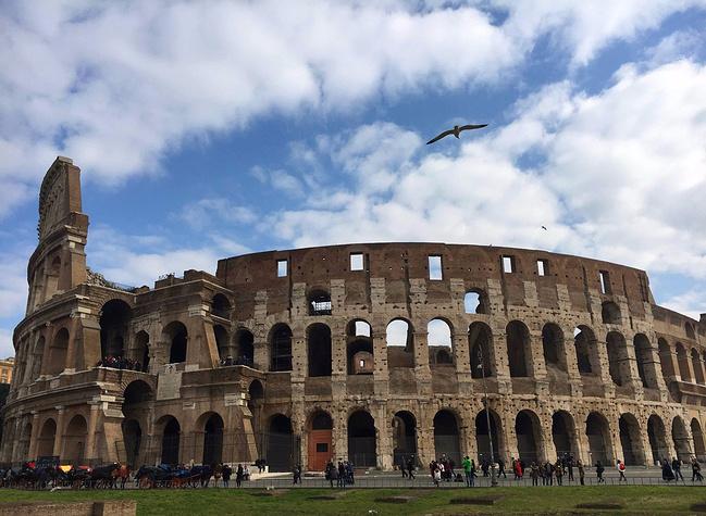 带着密室游欧洲(巴塞罗那-罗马-威尼斯-因特拉老妈逃脱一第一关视频大全攻略图片