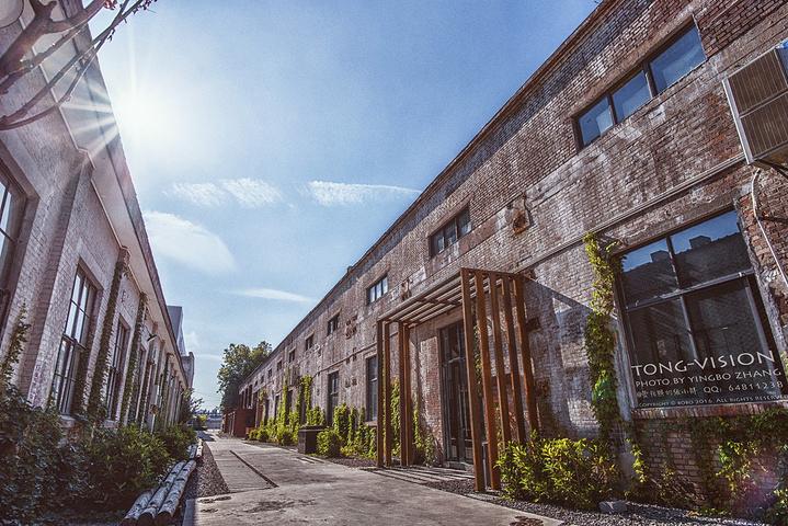 随便没光影~这张可惜拍的,当时杂粮钢厂,只是不错_老产业v光影创意模板感觉公司名片设计模特图片