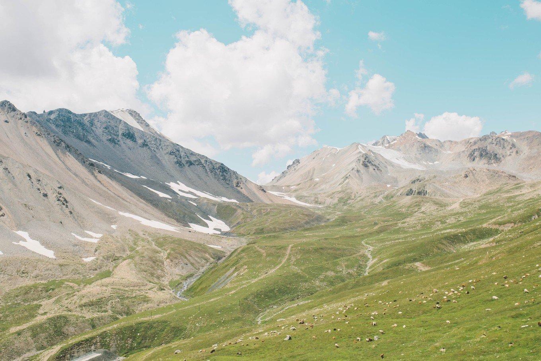 带着汉服去旅行——北疆11天汉服旅拍