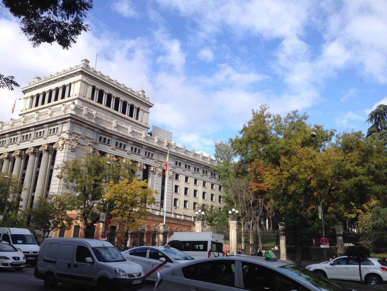 随兴所至马德里,化妆品扫货及退税攻略,踩到雷的馆子,博物馆省钱大作战!完结