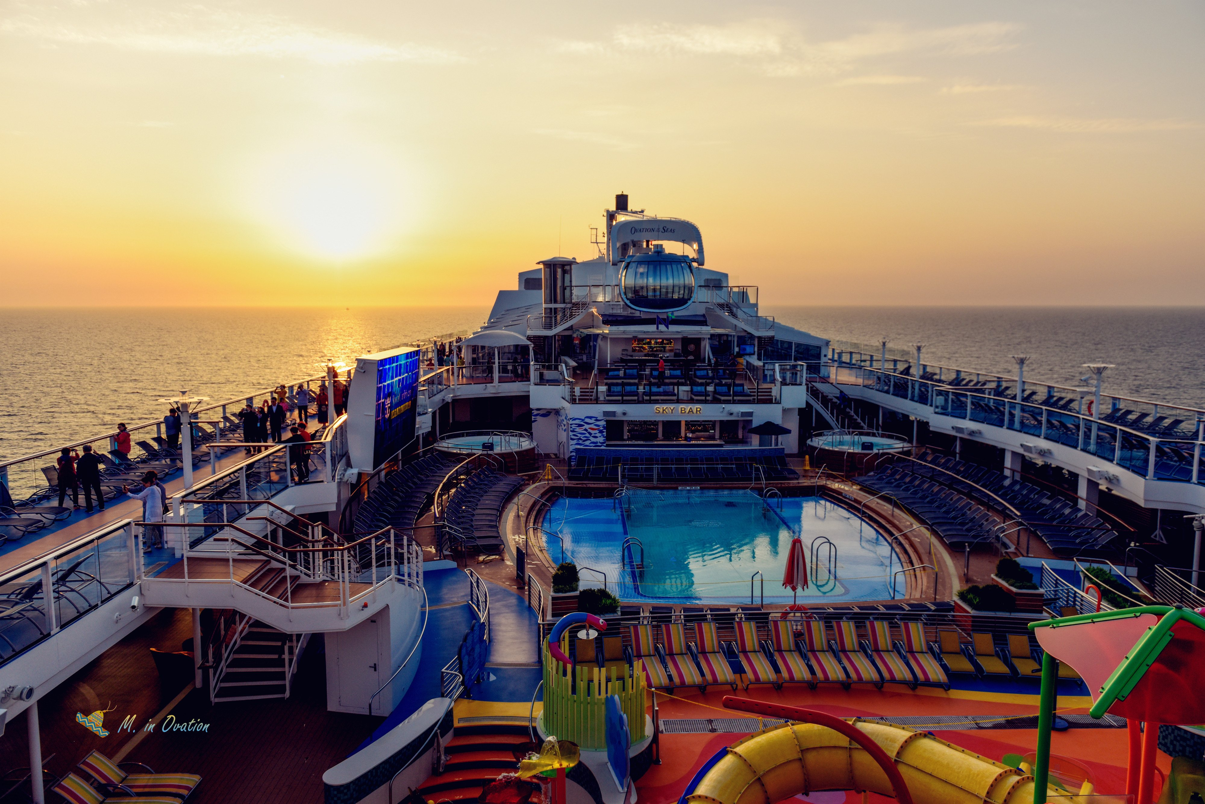 梦幻的海上移动城堡,面朝大海,吃喝玩乐(皇家加勒比海洋赞礼号7天6夜长崎熊本)