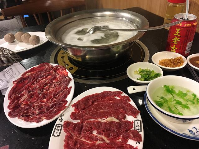 火锅店中牛肉火锅的实力和人气不容小觑