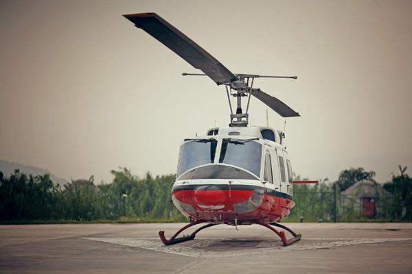 直升飞机的第一次亲密接触