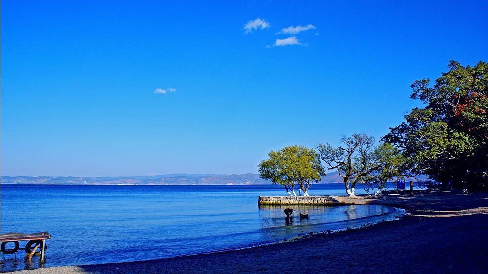 抚仙湖的旅游攻略图片