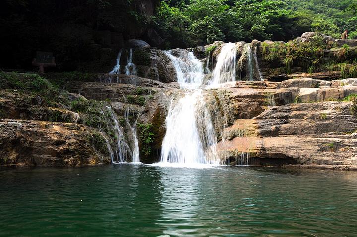 看看峡谷山石,感受一番大自然的风光,不失为一种美的享受_云台山风景