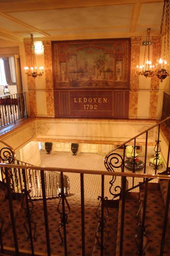 米其林三星餐厅ledoyen图片
