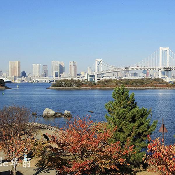 造型优美的彩虹大桥是众多日剧拍摄外景时的首选地之