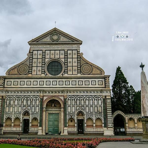 新圣母玛利亚教堂