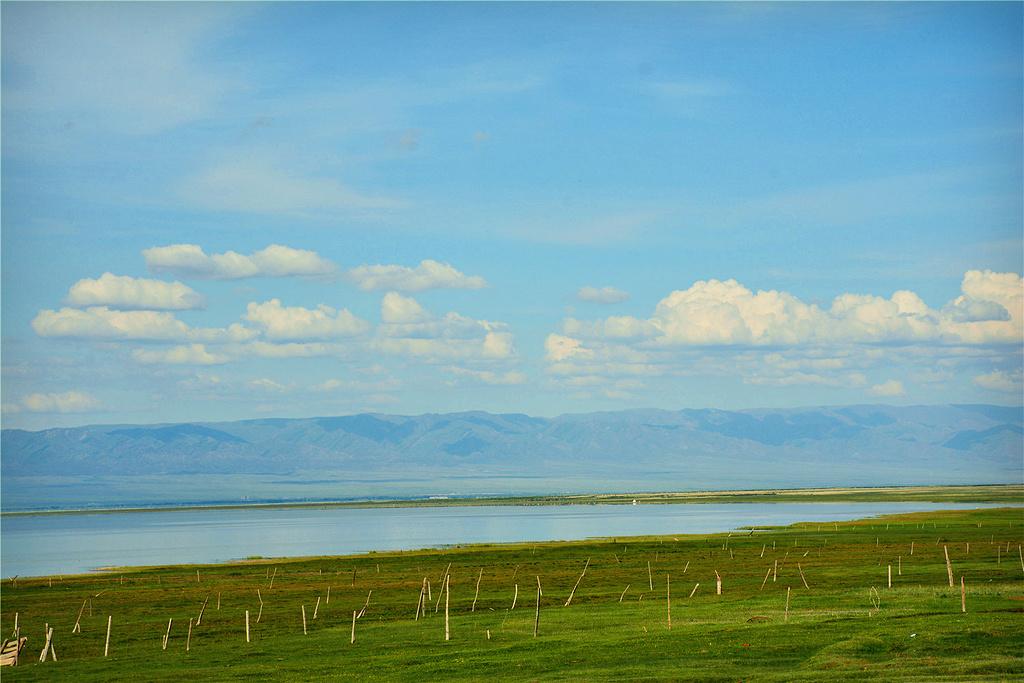 巴里坤湖旅游景点图片