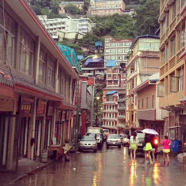 中尼边境樟木镇,是西藏唯一的国家一类陆路通商口岸