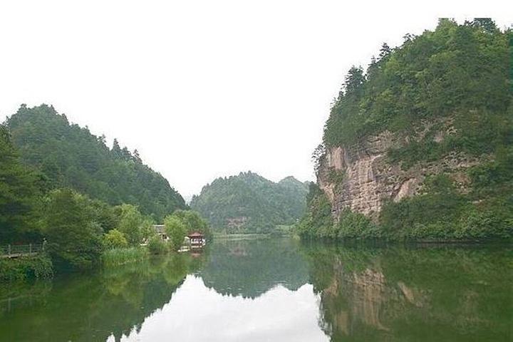 天水仙人崖风景区——仙人湖风光