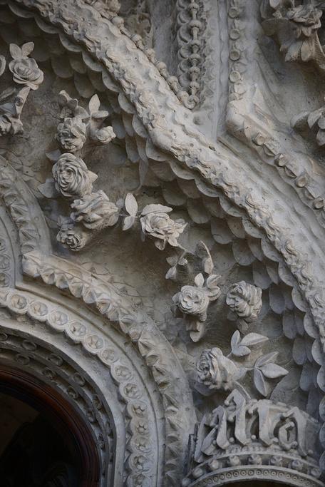 树状结构的立柱们令人叹为观止