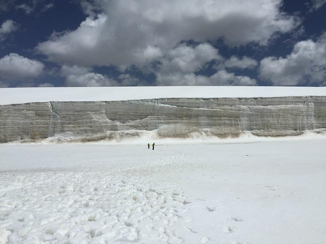 八一冰川图片