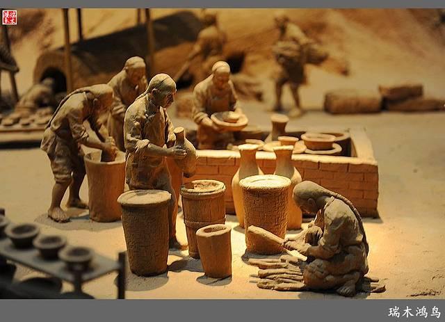 馆藏艺术篇:《漆木精华——潮州木雕艺术展览》,展览分源流篇,制作篇