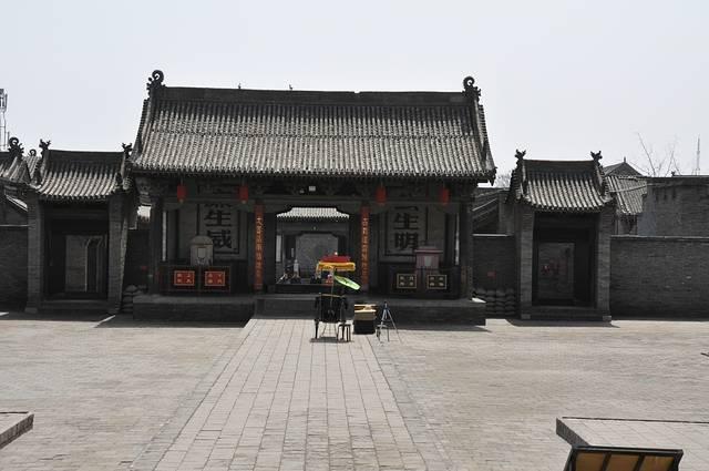 【景点介绍】平遥县衙也是平遥古城里面的一个重要的景点了,还是非常