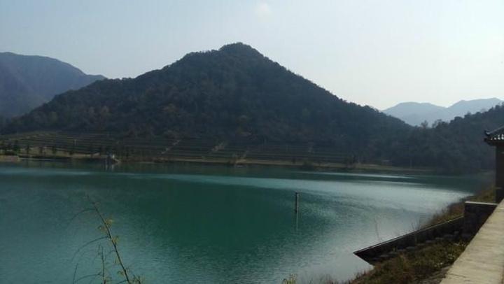 青龙山水库